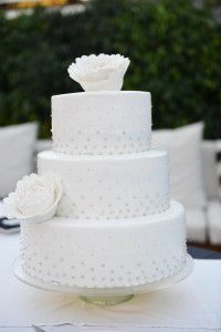 White wedding cake Gran Canaria (2)