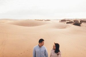 19 Photographer 1 - Liubin & Ann - Couples Photoshoot - Sand Dunes (20)__1457692548_83.45.95.229