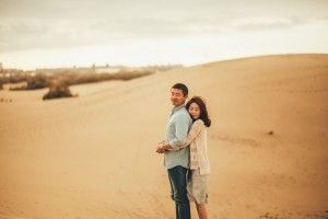 33 Photographer 1 - Liubin & Ann - Couples Photoshoot - Sand Dunes (35)__1457692804_83.45.95.229