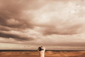 45 Photographer 1 - Liubin & Ann - Couples Photoshoot - Sand Dunes (47)__1457693140_83.45.95.229