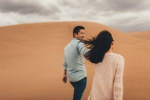 6 Photographer Couples Photoshoot - Engagement photoshoot - Sand Dunes (1)